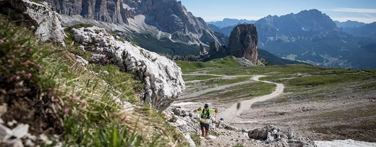 One month to La Sportiva Lavaredo Ultra Trail, the world is coming back to run in Cortina!