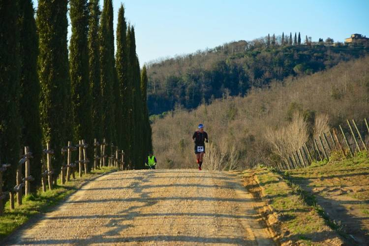 CHIANTI ULTRA TRAIL RUNNING AMONG THE VINEYARDS OF THE HISTORIC TUSCAN CELLARS!